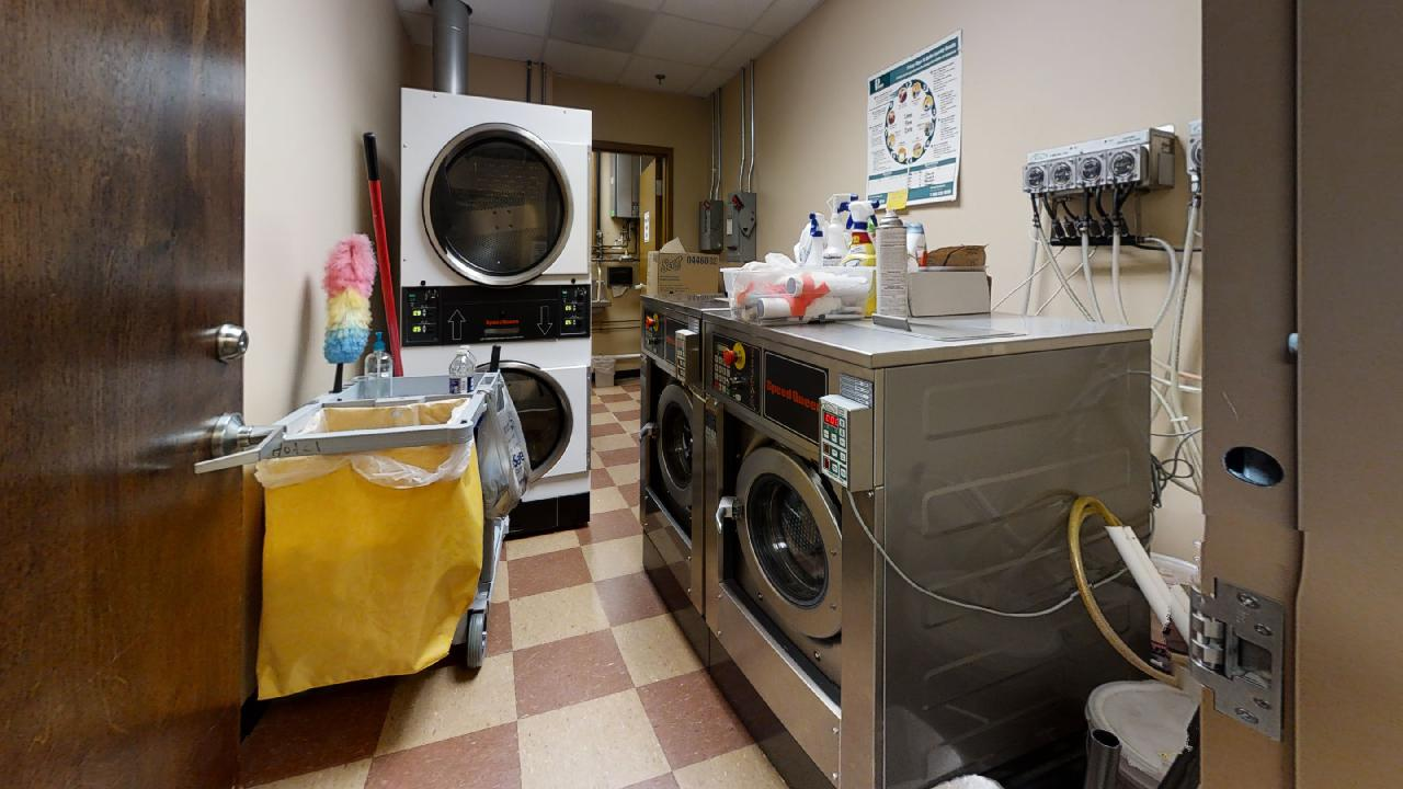 Lower-Level-Laundry